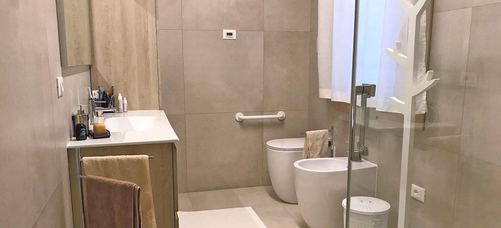 Realizzazione bagno pavimenti rivestimenti arredo bagno silvestri cassola vicenza 1 cover - Bagno rivestimenti e pavimenti ...