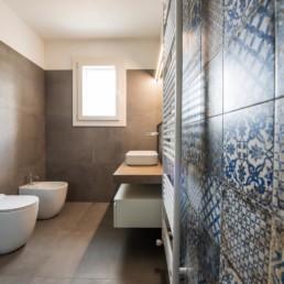 gres-effetto-legno-cementine-arredo-bagno-Cassola-silvestri-pavimenti-rivestimenti_9496