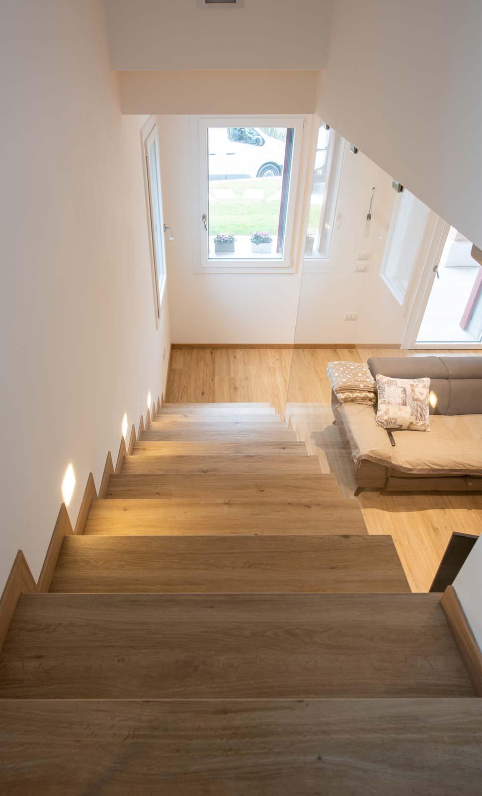 Rivestimenti Scale Interne Gres Porcellanato pavimenti, rivestimenti e arredo bagno per casa nuova a