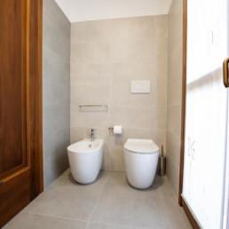 http://www.silvestripavimenti.it/wp-content/uploads/2017/10/ristrutturazione-bagno-bonus-110-pavimenti-rivestimenti-arredobagno-sanitari-doccia-rubinetti-mobile-romano-ezzelino-cassola-silvestri_4820.jpg