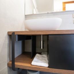http://www.silvestripavimenti.it/wp-content/uploads/2017/10/ristrutturazione-bagno-bonus-110-pavimenti-rivestimenti-arredobagno-sanitari-doccia-rubinetti-mobile-romano-ezzelino-cassola-silvestri_4829.jpg