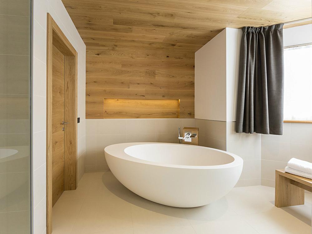 home-wellness-spa-relax-silvestri-arredo-bagno-cassola-bassano-del-grappa-vasca-1