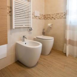 ristrutturazione-bagno-bassano-del-grappa-silvestri-2019-rivestimenti-pavimenti-ceramica-gres-porcellanato-arredobagno-mobili-cassola-vicenza-veneto-sanitari-termoarredo-2