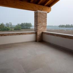 pavimento-portico-terrazza-mystone-ardesia-bianco-marazzi-silvestri-pavimenti-san-zanone
